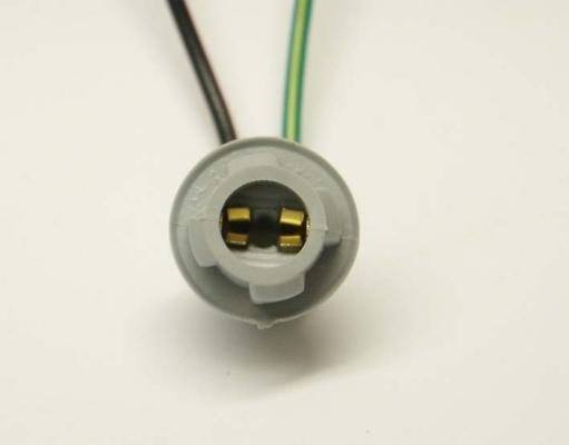 Držiak žiarovky W2,1X9,5d T10/T13/T15 gumový so 4 zámkami