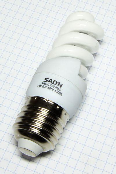 Žiarovka E27 45W (9W) 230V Mini špirála studená biela 6500K